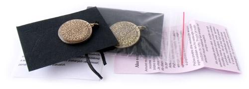 Šalamúnové amulety.
